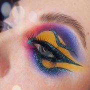 vibrant eye look with cut crease