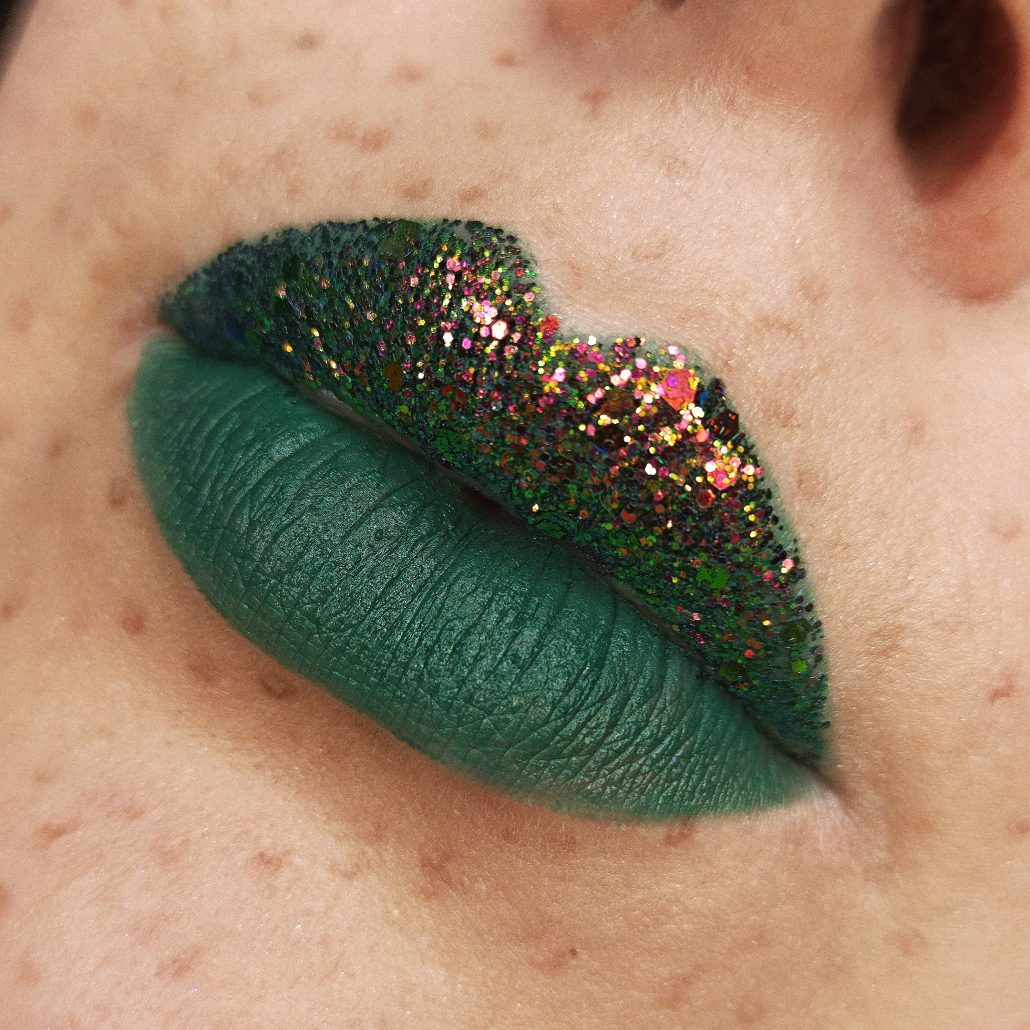 green lips with glitter